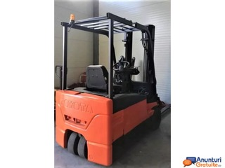 Stivuitor Toyota 1.6 tone